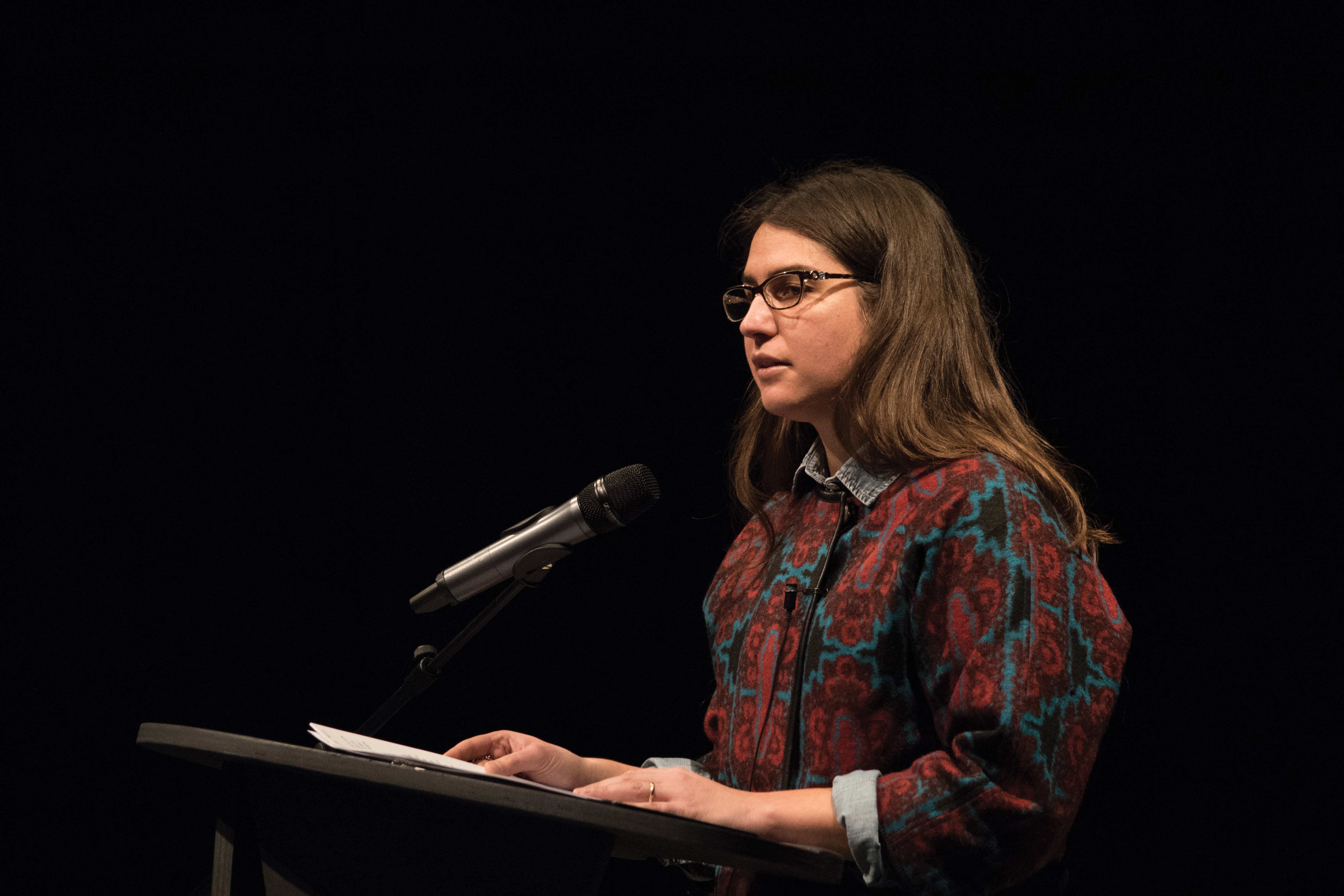 """Writer Azareen Van Der Vliet Oloomi, a professor at the University of Notre Dame, read from her novel """"Fra Keeler"""" at the final New Writing Series event of 2016 on Thursday, Dec. 1 at the Innovative Media Research and Commercialization Center. Photo by Maggie Gautrau."""